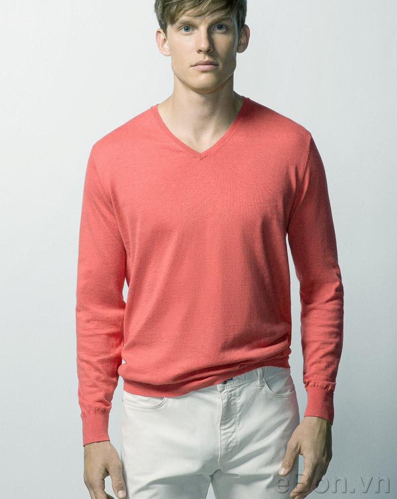 Áo len là món đồ thời trang chỉ sếp sau áo khoác