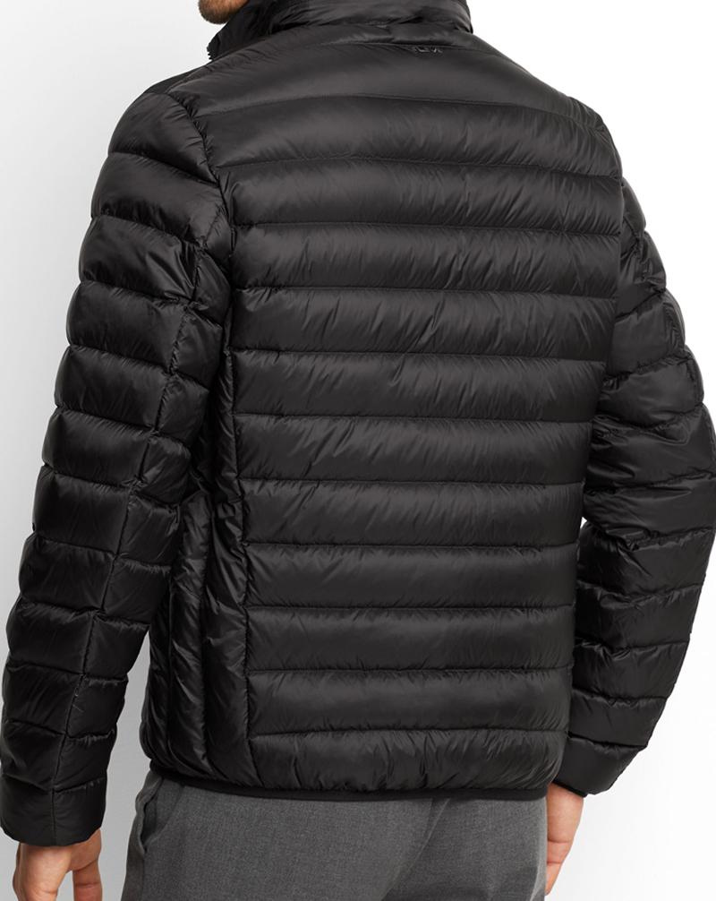 Mẫu áo khoác phao nam siêu nhẹ lên dáng cực chất