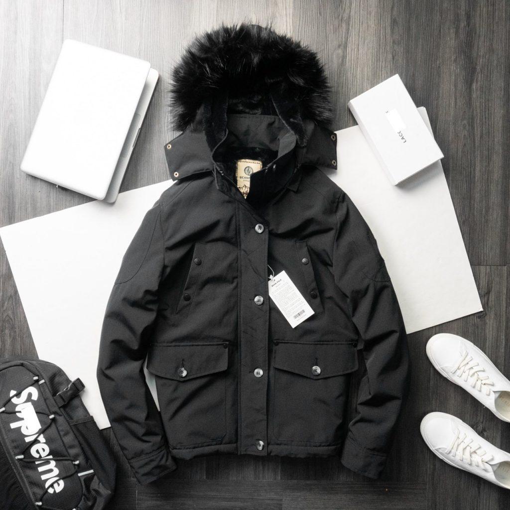 Áo khoác Beanpole màu đen sang trọng, nam tính